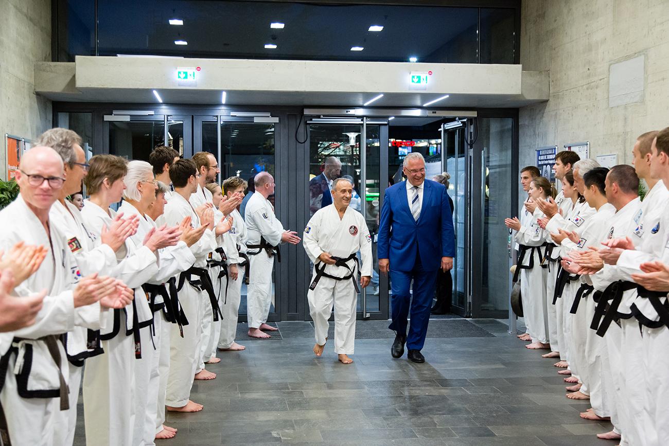 » Bilder-Abteilungen » Teakwondo » 2.jpg