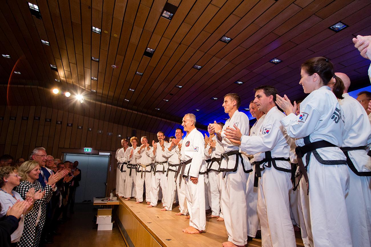 » Bilder-Abteilungen » Teakwondo » 6.jpg