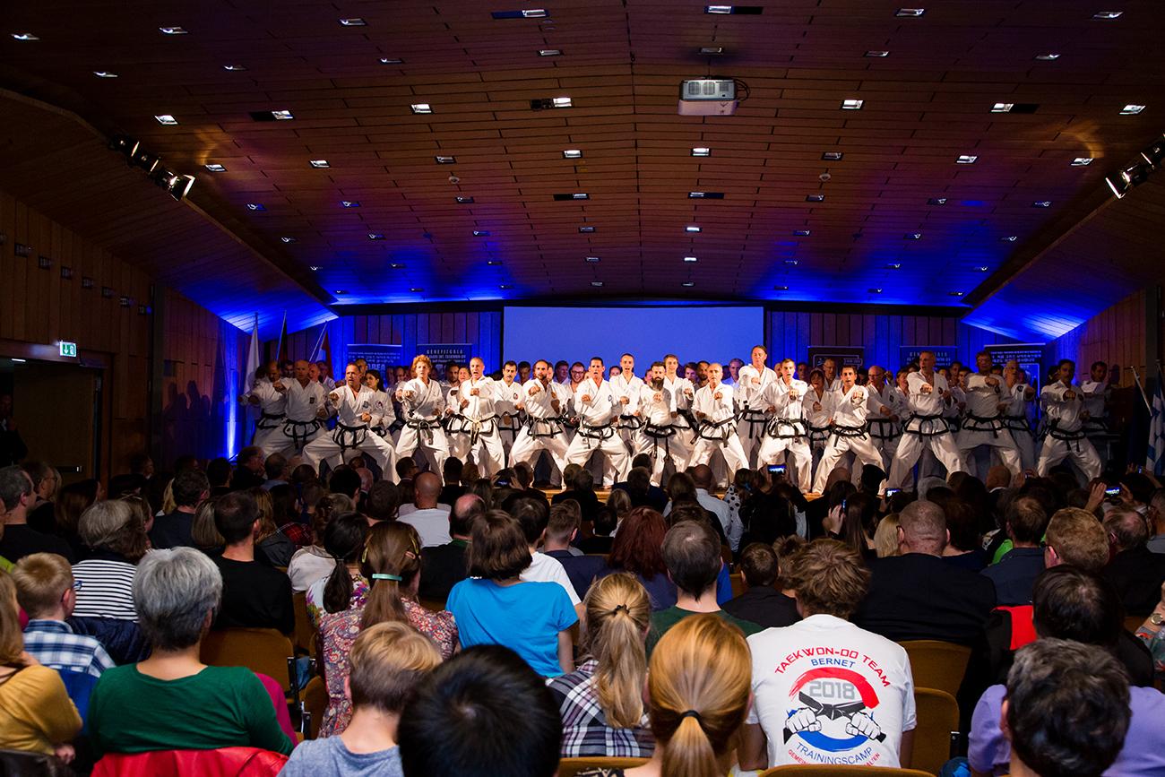 » Bilder-Abteilungen » Teakwondo » 7.jpg