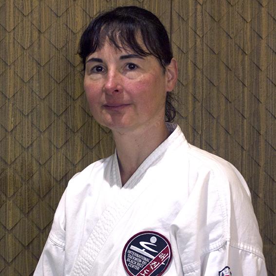 » Bilder-Abteilungen/Teakwondo » Schulleiter_FionaLatka.jpg