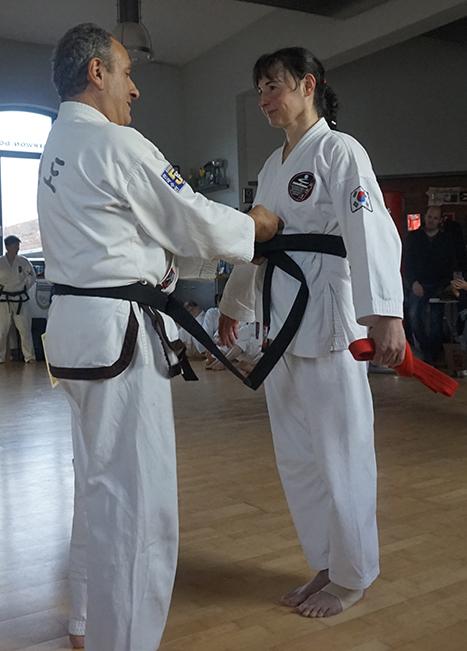 » Bilder-Abteilungen » Teakwondo » schwarzgurt.jpg